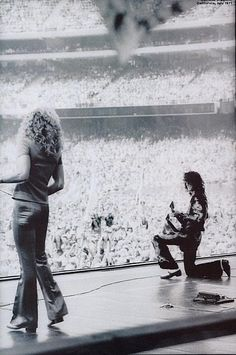 Robert Plant & Jimmy Page  LIVE - LED ZEPPELIN