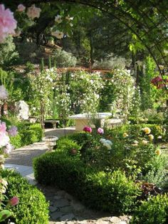 Ross, CA: Garden