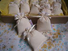 Sachê em tecido 100% algodão ( 8 cm x 12 cm )