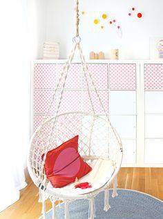 Kallax Regal mit rosa Möbelfolie
