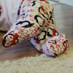 A last minute tutorial, for anyone who plans to spend part of Christmas Eve sewing (like I often do). Is there anything cuter than a toddler in footy pajamas? I don't think so. And if you have a toddler that won't stay under a blanket and likes to pull his socks off, they're not only Read the Rest...