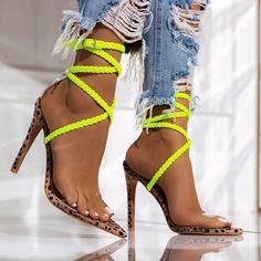 Girls Shoes With Heels Size 1 Women's Shoes, Zapatos Shoes, Buy Shoes, Shoe Boots, Nike Shoes, Footwear Shoes, Dansko Shoes, Aldo Shoes, Sock Shoes