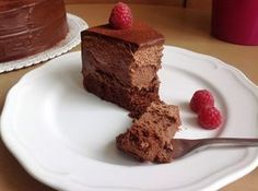 Čtyřvrstvý čokoládový dort (bezlepkový) / Chocolate mousse cheesecake cake