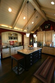 kitchens with vaulted ceilings | Vaulted Kitchen ceiling w/ light wood cabinets