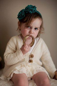 Free+Knitting+Pattern+-+Toddler+&+Children's+Clothes:+Garter+Bottom+Cardigan