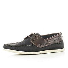 Navy slim boat shoes