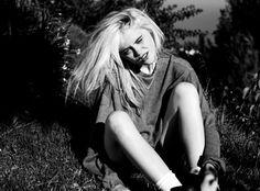 Sky Ferreira. #grunge