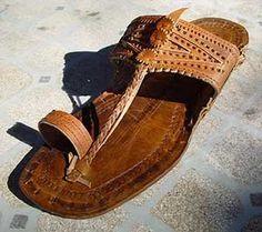 Unisex Water Buffalo Hippie Jesus Sandals #5401 (Mens 5 / Womans 7) BeWild,http://www.amazon.com/dp/B002GEFQG6/ref=cm_sw_r_pi_dp_itSKrbB3C9484EA6