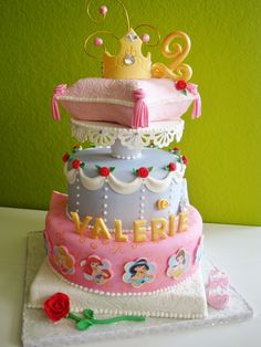 Meyers Weisenbarger Etherington I Love This Are We Doing A Disney Princess Theme Staci Krell No Ordinary Cake