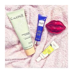 Evening treats /// #skincare #mask #facemask #cream #lips #lipbalm #eyemask #caudalie #glycolicacid #tonymoly #korres #guerlain #night #goodnight #picoftheday #beauty #aru #bb #beautyblogger #glamorousmakeup #beautyblog #pampering