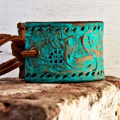 turquoise...Yes...this is like a dipped copper iron piece, is it not?  Made to look like turquoise?  Very pretty indeed, I agree, and I too, want it! So where can I  GET it????