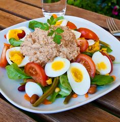 Enkel sallad med ägg och tonfiskröra 300 Calorie Lunches, Come Dine With Me, Cooking Recipes, Healthy Recipes, 300 Calories, I Foods, Food Inspiration, Salad Recipes, Food And Drink