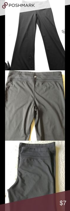 """Ladies black Lycra wide leg work out pants L Plain black workout pants. Wide leg. Waist 34"""" without stretch. I am a size 14 and the fit me. Pre owned hardly worn. Will be good for workout or running around doing errands. Bought them from Macy's. Macy's Pants Boot Cut & Flare"""