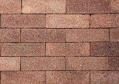 Esse tijolinho fino é assentado com argamassa comum. Em várias cores, provoca efeito semelhante a parede construída de tijolos