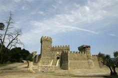 12 awe-inspiring American castles