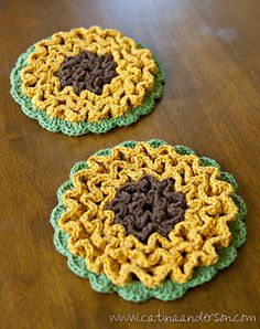Ravelry: Project Gallery for Wiggle It Crochet Trivet and Dishcloth Set pattern by Tamara Kelly Crochet Kitchen, Crochet Home, Knit Or Crochet, Crochet Gifts, Crochet Motif, Wiggly Crochet Patterns, Crochet Potholder Patterns, Crochet Dishcloths, Crochet Sunflower