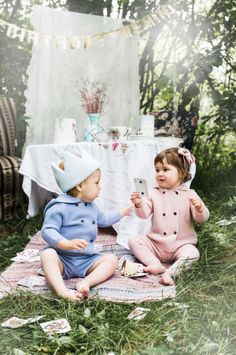 Memini children`s wear by Kristine Vikse, Norwegian design, organic cotton, baby and kids ss 2016. Baby girl, baby boy, sibling photo, Alice in wonderland, wool knit, cardigan, knit romper, prinsessefin, mushroom, tea party, Alice in wonderland, forest photo
