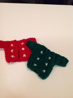 Elf on the Shelf Sweater by TheCreativeBunch on Etsy