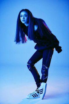 Dara for Adidas Superstar photoshoot Kpop Girl Groups, Korean Girl Groups, Kpop Girls, Chaelin Lee, 2ne1 Dara, Lee Hi, Sandara Park, Korean Music, Kpop Fashion