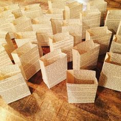 Book Club Favors 5 Luminary Bags Book Club Party by Oldendesigns Library Themes, Book Themes, Craft Wedding, Wedding Book, Wedding Decor, Wedding Ideas, Wedding Planning, Book Club Parties, Small Bridal Parties