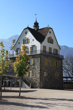 Flüelen - Schloss Rudenz – Wikipedia