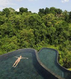 Hanging infinity pool in Bali