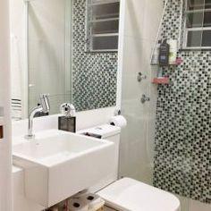 Apartamento da leitora: Elda Vieira | Comprando Meu Apê Sink, Sweet Home, Mirror, Bathroom, House, Furniture, Home Decor, Decoration, Zen Bathroom