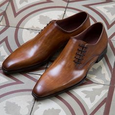 If you haven't gotten the chance, take a look at the Hugo and our other new opanka shoes. http://www.magnanni.com/shop/hugo-cuero #Magnanni #NewCollection #MensShoes
