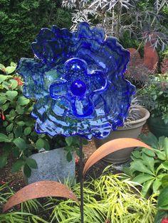 Glass Garden Flowers, All Flowers, Hanukkah, Thrifting, Repurposed, Recycling, Wreaths, Bird, Outdoor Decor