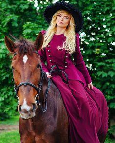 """Instagram media by lyusik26 - 🐠""""Не хочу быть крестьянкой, Хочу быть столбовою дворянкой!"""" 😌👸 #коннаяпрогулка #благородноеживотное #лошадка #конкур #лошадипрекрасны #horse #horsesofinstagram #horses_of_instagram #horsestagram  #horseshows #horselover #horseriding #nature #ilovemyhorse #follow #followme #horseandgirl #photooftheday"""