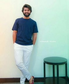 New Images Hd, Most Handsome Actors, Vijay Actor, Vijay Devarakonda, She Quotes, Actors Images, Beard Styles For Men, Awesome Beards, Actor Photo