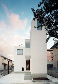 HouseK / Hiroyuki Shinozaki Architects - Photographs: Kai Nakamura pinterest.com