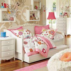 Girls bedroom  from www.design-remont.info