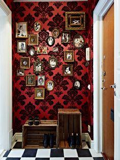 b/w checkerboard floor + damask wallpaper + tiny mismatched picture frames Fleur de Lys wallpaper by Nina Campbell www.osborneandlittle.com