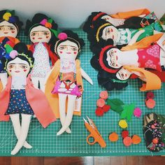 Fridas #wip www.mandarinasdetela.etsy.com #mandarinasdetela #frida