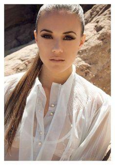 Jana Kramer, beautiful. want her makeup.