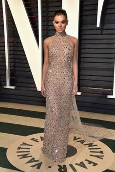 Hailee Steinfeld in Ralph & Russo at the 2017 Vanity Fair Oscar Party