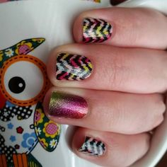 """Jamberry Nail Wraps -  """"Bam Bam"""" with a """"Cosmic"""" accent nail!   Order yours here today: http://lalam.jamberrynails.net/"""