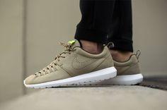 "Nike Roshe NM Woven ""Bamboo"""