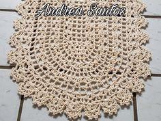 Tapete econômico de crochê - YouTube Crochet Doilies, Crochet Top, Crochet Hats, Snowflakes, Rag Rugs, Youtube, Taps, Crochet Carpet, Twine Crafts
