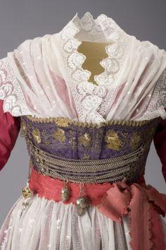 Historical Bavarian Dress - Munich.  Repinned by www.mygrowingtraditions.com