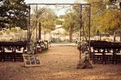 Outdoor Country Wedding Reception Ideas   Vintage Country Style Wedding - Rustic Wedding Chic