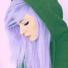 I am so thinking about doing this to my hair!!!