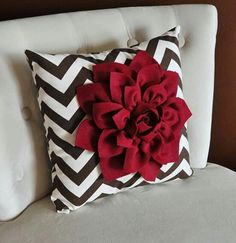 Items similar to Cranberry Dahlia on Brown and Natural Zigzag Pillow -Chevron Pillow- Autumn Decor- Fall Decor on Etsy Living Room Decor Colors, Living Room Decor Pillows, Living Room Red, Brown Couch Throw Pillows, Diy Pillows, Decorative Pillows, Couch Set, Flower Pillow, Felt Flowers