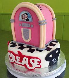 Pastel de fondant con Jukebox de Grease. #grease