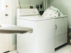 How to Fix Washing Machine and Dryer Problems. From washing machines that dance around the basements to dryers whose fuses have blown, PM has tips for fixing your laundry machines without calling a mechanic.
