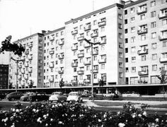 Świat Dziecka, lata 60 Socialist Realism, Ppr, Krakow, Poland, City Photo, Times Square, Multi Story Building, Architecture, Cities