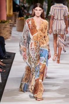 Oscar de la Renta Spring 2020 Ready-to-Wear Fashion Show - Vogue Fashion 2020, Fashion Week, New York Fashion, Runway Fashion, Spring Fashion, Fashion Show, Fashion Trends, Fashion Tips, Fashion Moda