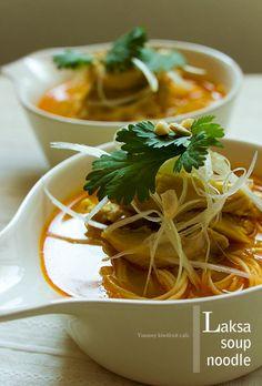 laksa soup noodle