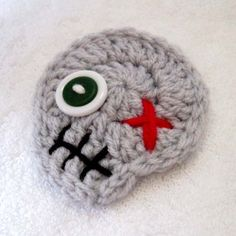 $3 Zombie Crochet Skull Pin Brooch Ornament